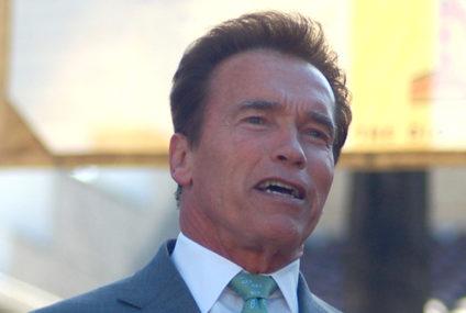 Bordeaux eert Schwarzenegger
