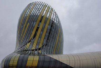 Glaskunst in Cité du Vin